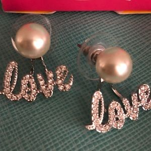 Origami Owl Jewelry - Pearl Stud With Love Halo O2